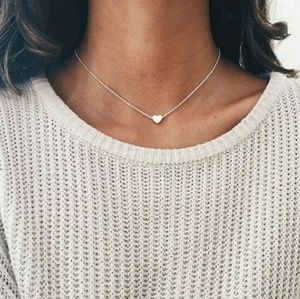 Jewelry - Adorable heart statement necklace